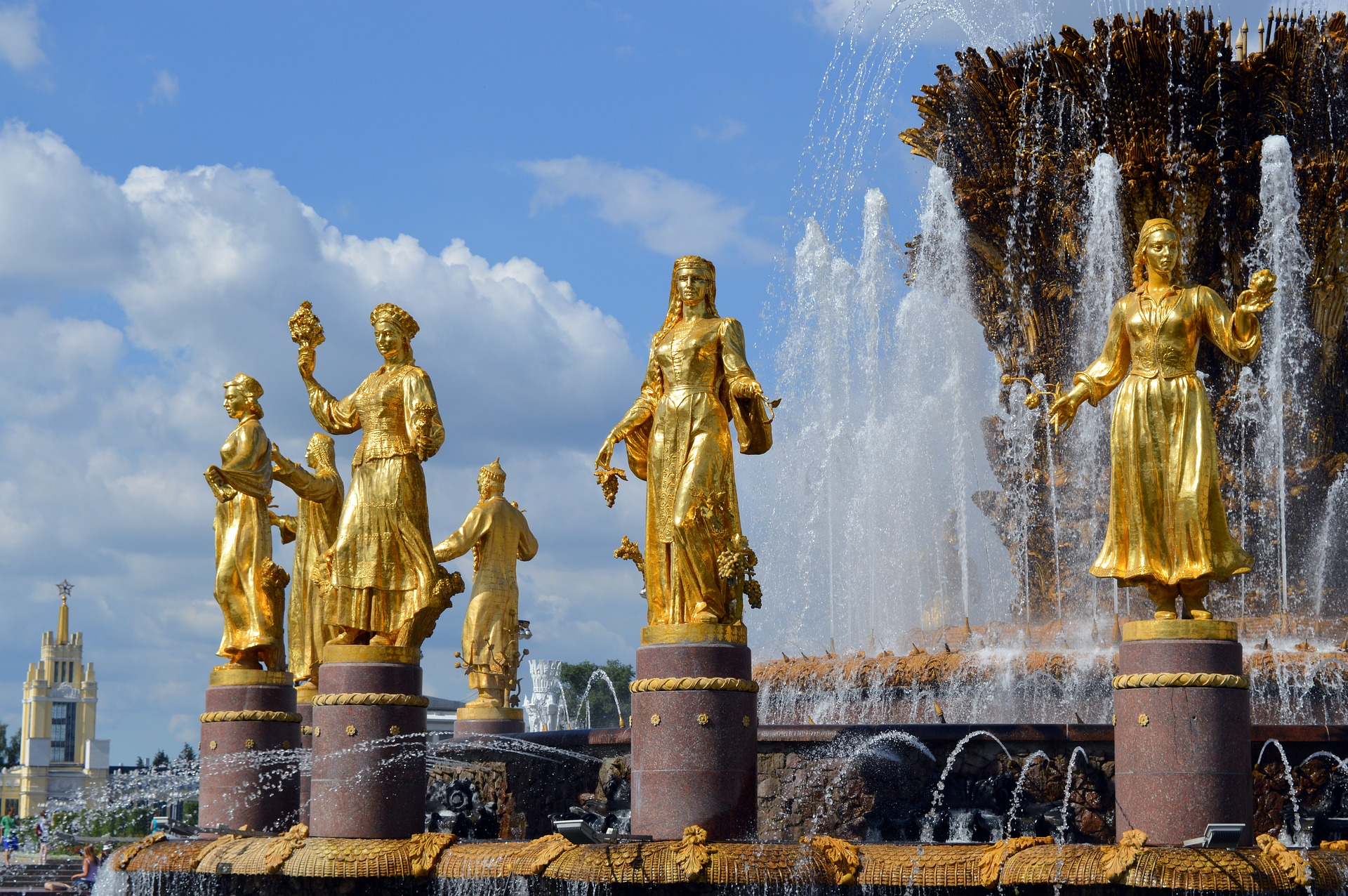 peoples-friendship-fountain-vdnkh