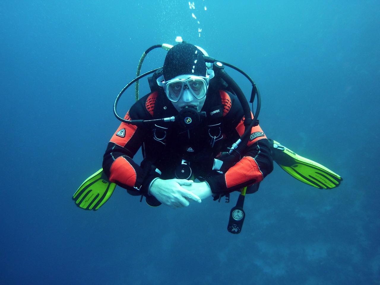 diving in zanzibar
