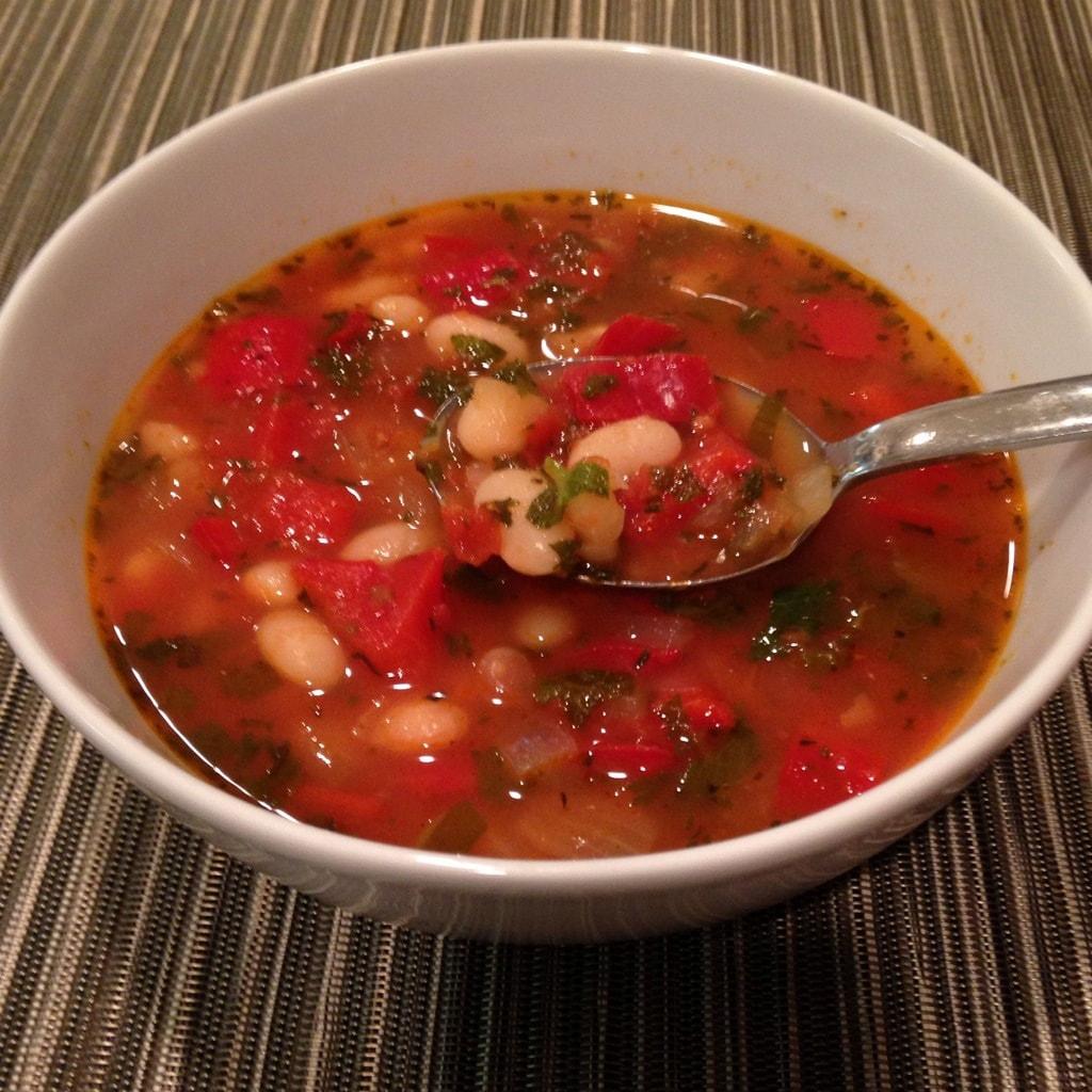 Bulgarian bean soup bon chorba